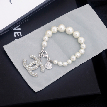 Chanel brooches #99904827