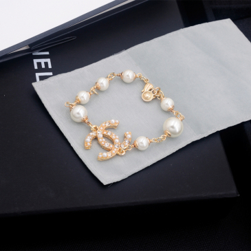 Chanel brooches #99904832