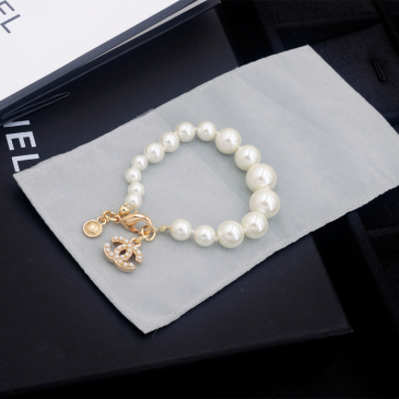 Chanel brooches #99904833