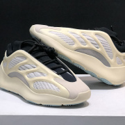 Adidas Yeezy Boost 700V3 men and women  Shoes #99899125