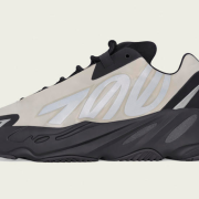 Adidas Yeezy Boost 700V3 men and women Shoes #99900945
