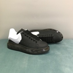 Alexander McQueen 1:1 original quality Shoes for Unisex McQueen Cushioned Sneakers #9129582