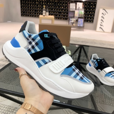Burberry Shoes for Men's Sneakers #999909840