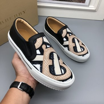 Burberry Shoes for Men's Sneakers #999915320