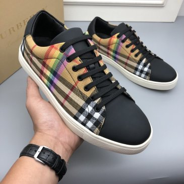 Burberry Shoes for Men's Sneakers #999915321