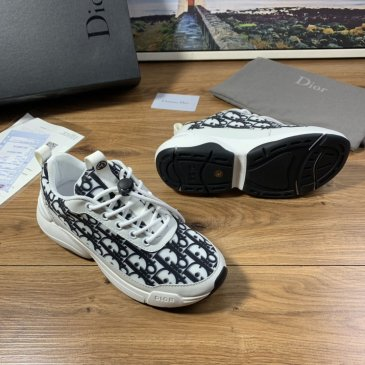 Dior Shoes for Men's Sneakers #9130962