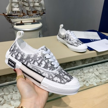 Dior Shoes for Unisex Sneakers #999909861