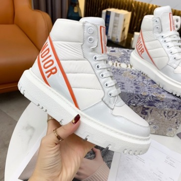 Dior Shoes for Women's Sneakers #999914057