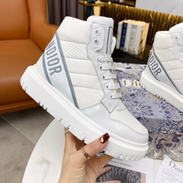 Dior Shoes for Women's Sneakers #999914058
