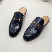 Gucci Shoes for Women's Gucci Slippers #9124556