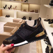 LV Shoes Louis Vuitton Sneakers for Men and women good quality #9122229