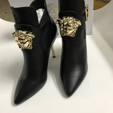 Versace shoes for Women's Versace Boots #9129640